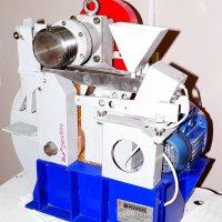Лаборатория сухой магнитной и электрической сепарации. Сепаратор ЭВС-105