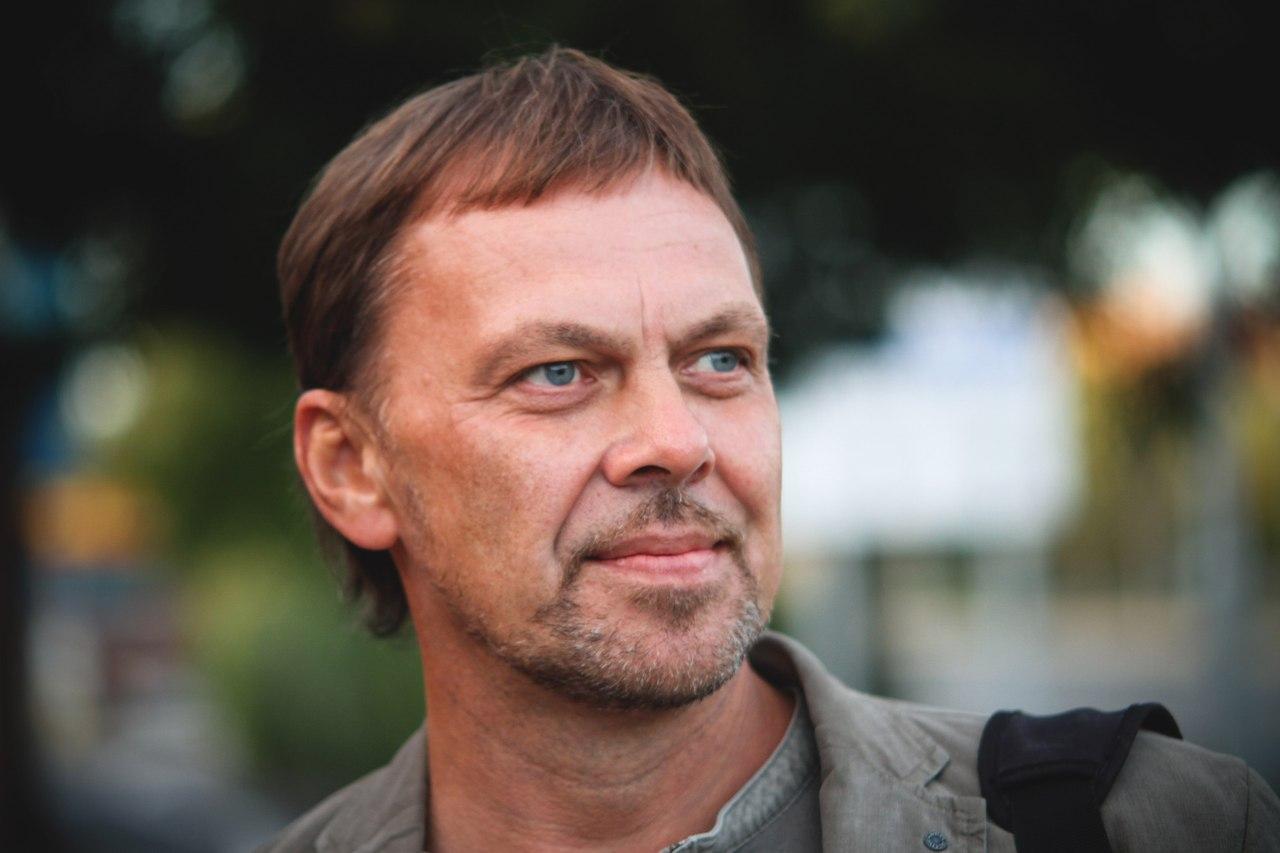 Лекция Андрея Головнева в студенческом клубе