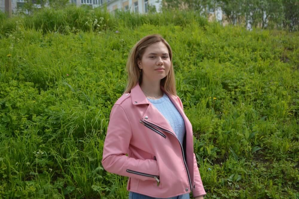 Анастасия Караваева: «Учусь и помогаю»