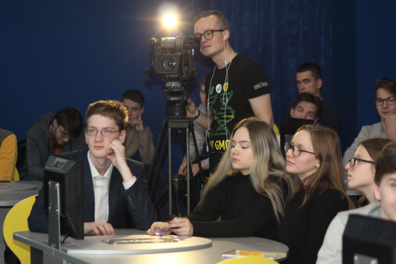 """""""Молодежные дебаты"""""""