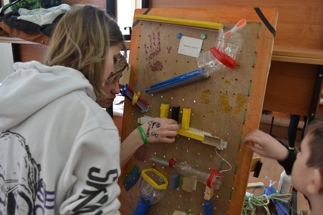 На проектной смене в Апатитах одаренная молодежь училась мыслить и действовать креативно и критично